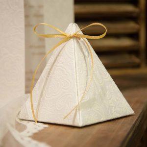 Mπομπονιέρα Γάμου Κουτάκι Πυραμίδα