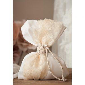 Χειροποίητη μπομπονιέρα γάμου πουγκί σε ρομαντικό ύφος